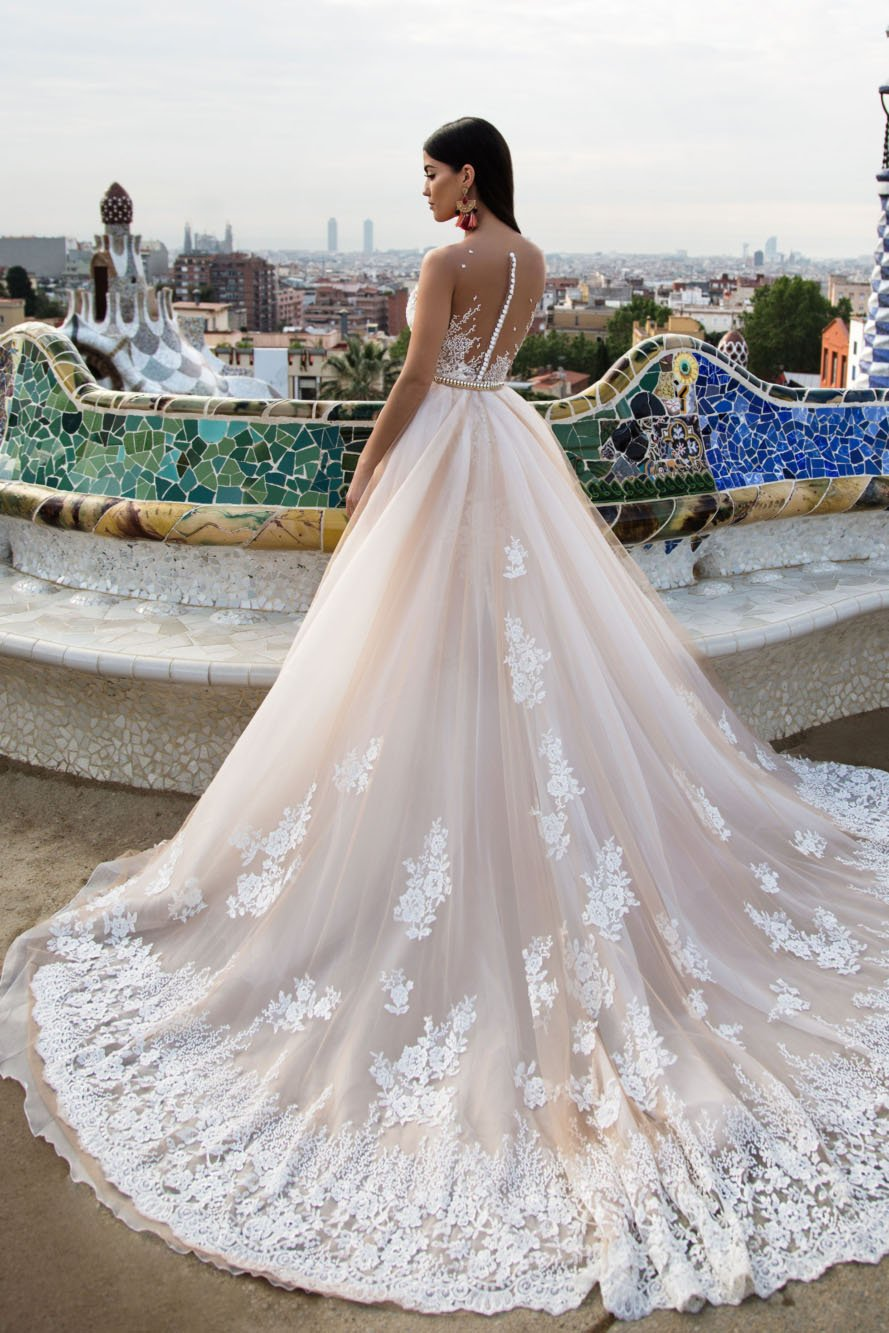 White Wedding Dress Champagne Lace Dresses Elegant Modest