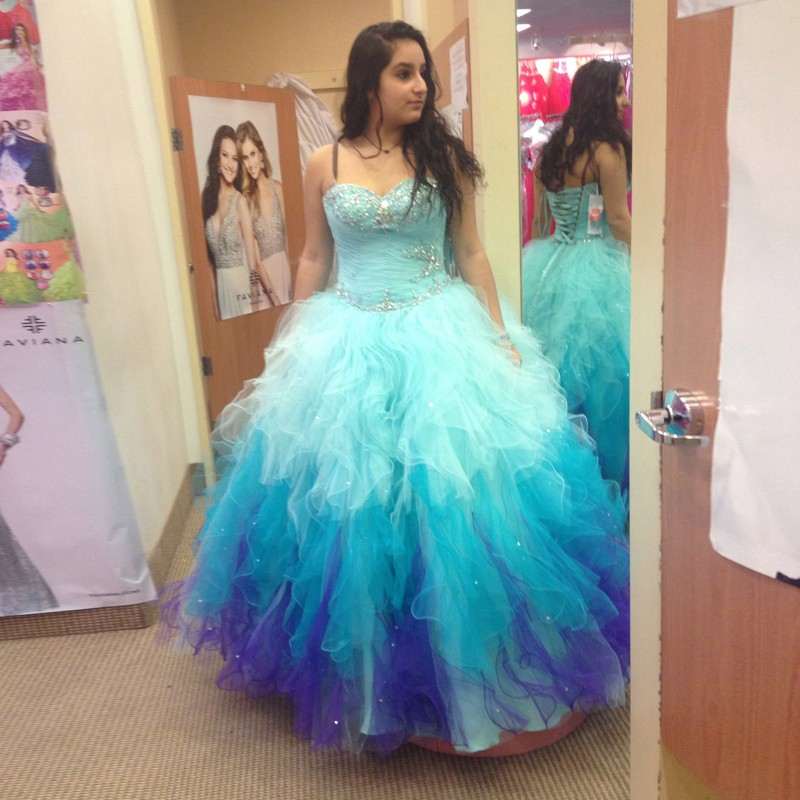7789dbaca96 2018 Sexy Blue Gradient Lace-up Back Quinceanera Dresses Debut Gowns  Ruffles Crystal Puffy Top Backless Sweetheart Vestidos 15 Anos Debutante Sweet  16 Dress ...