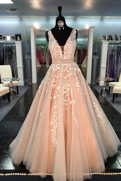 2017 Champagne A-Line Tulle Prom Dresses Sexy V-Neck with Belt Party Gowns Appliqued Princess Dress