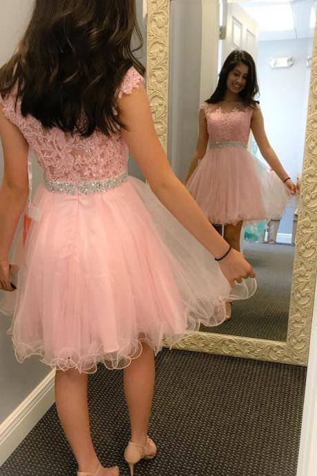 New Pink Short Prom Dress 2018 Cap Sleeves Pink Lace Beads Sequins Homecoming Dresses Cocktail Dress Women Junior Formal Party Gowns Vestidos