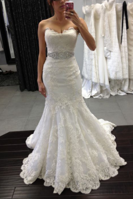 Strapless Sweetheart Lace Appliques Mermaid Wedding Dress with Beaded Sash