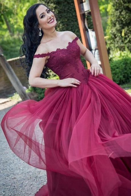 burgundy lace appliques wedding dresses,ball gowns,formal dresses,bridal gowns