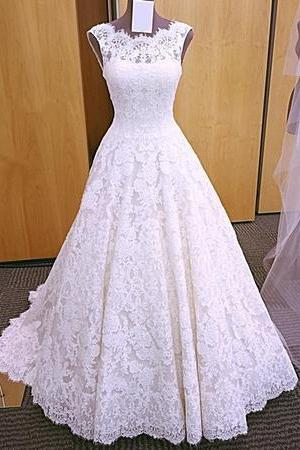 Sleeveless Lace A-line Wedding Dress Featuring Open Back