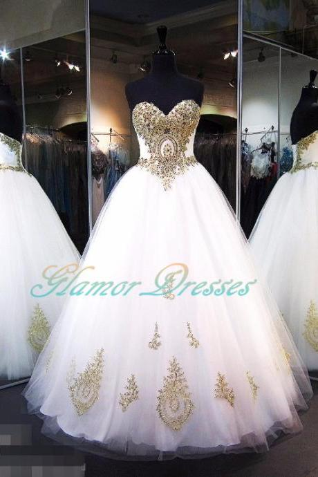 Vintage Luxury White Gold Appliques Ball Gown Prom Dresses 2017 Sweetheart Beaded Floor Length Princess Girls Puffy Prom Gowns Custom Quinceanera Dresses Long Puffy Ball Gown Crystal Sweetheart Tulle Vestidos De 15 Prom Dress For Girls