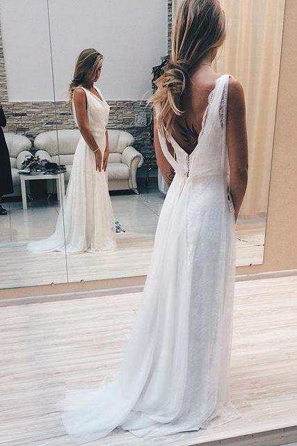 White Prom Dresses,Lace Prom Dress,Sexy Prom Dress,Charming Formal Gown,White Party Dress,Prom Gown For Teens,Prom Dresses,A-line Lace White Sweep-Train V-neck Sexy Evening Dress